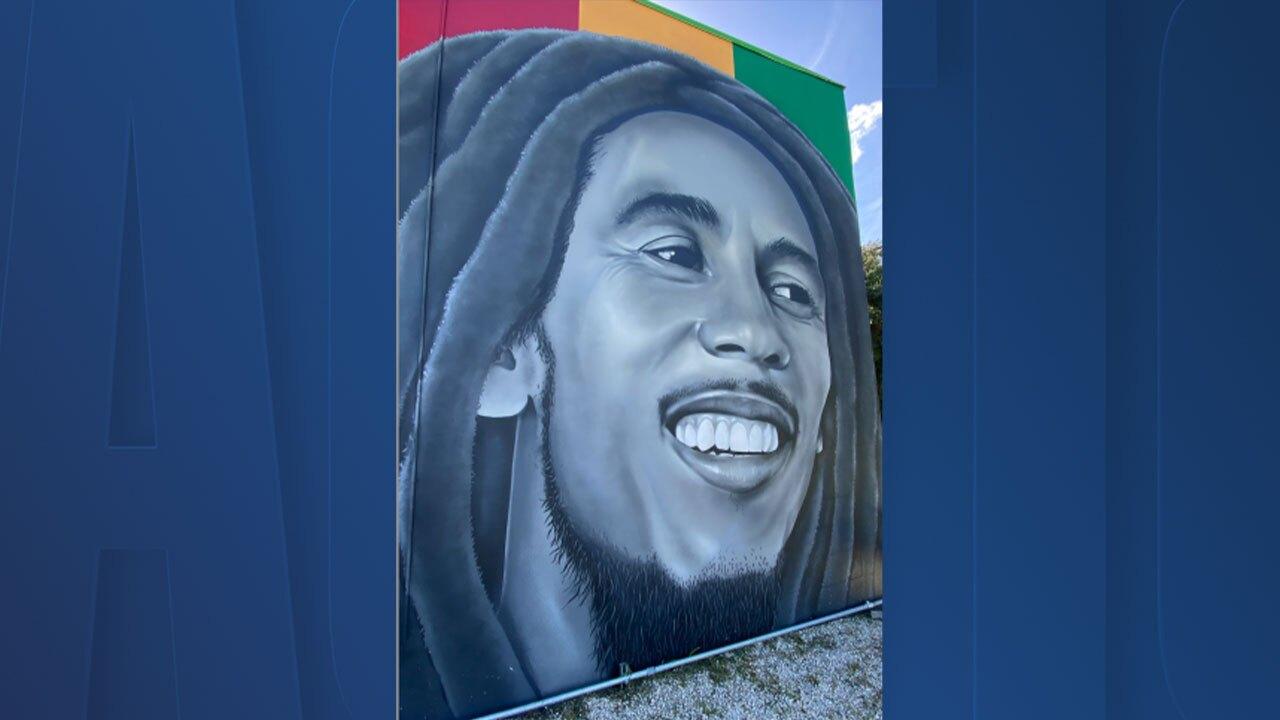 bob-marley-mural.jpg