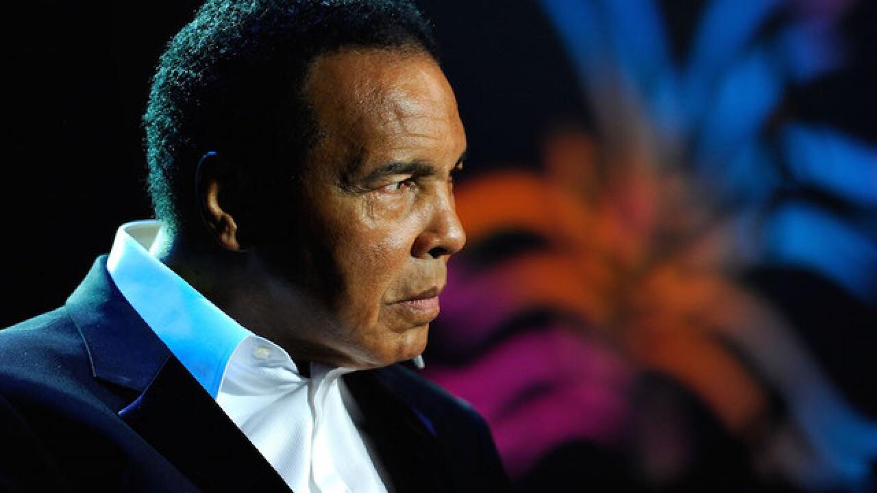 Ali to have traditional Muslim prayer service