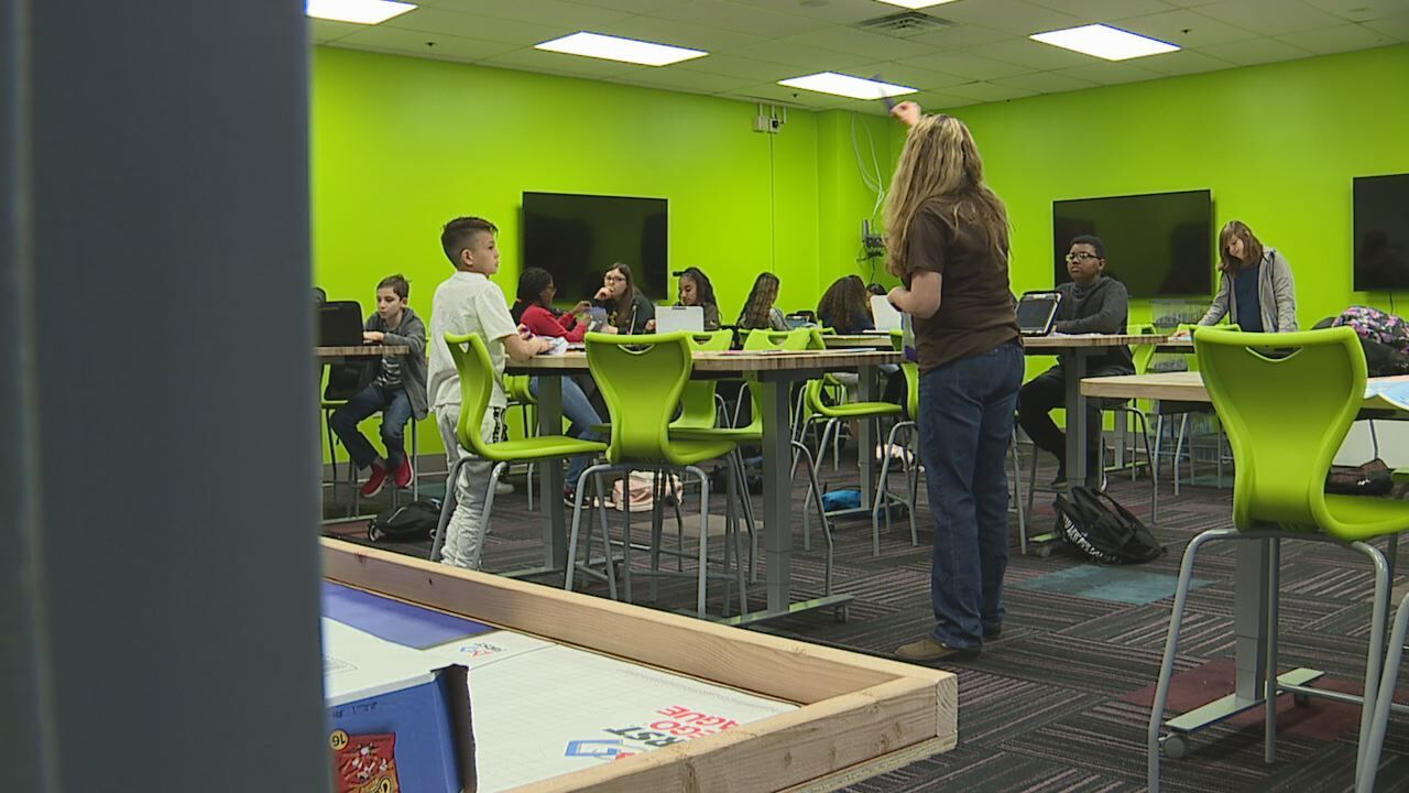 North Las Vegas middle school gives students an early look at careers