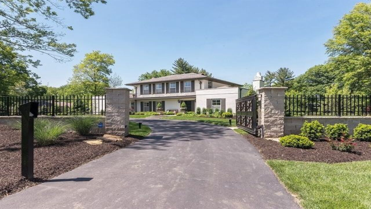 GALLERY: Matt Hasselbeck selling 1.5M Indy house