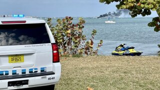 Boat Fire in Sarasota Bay