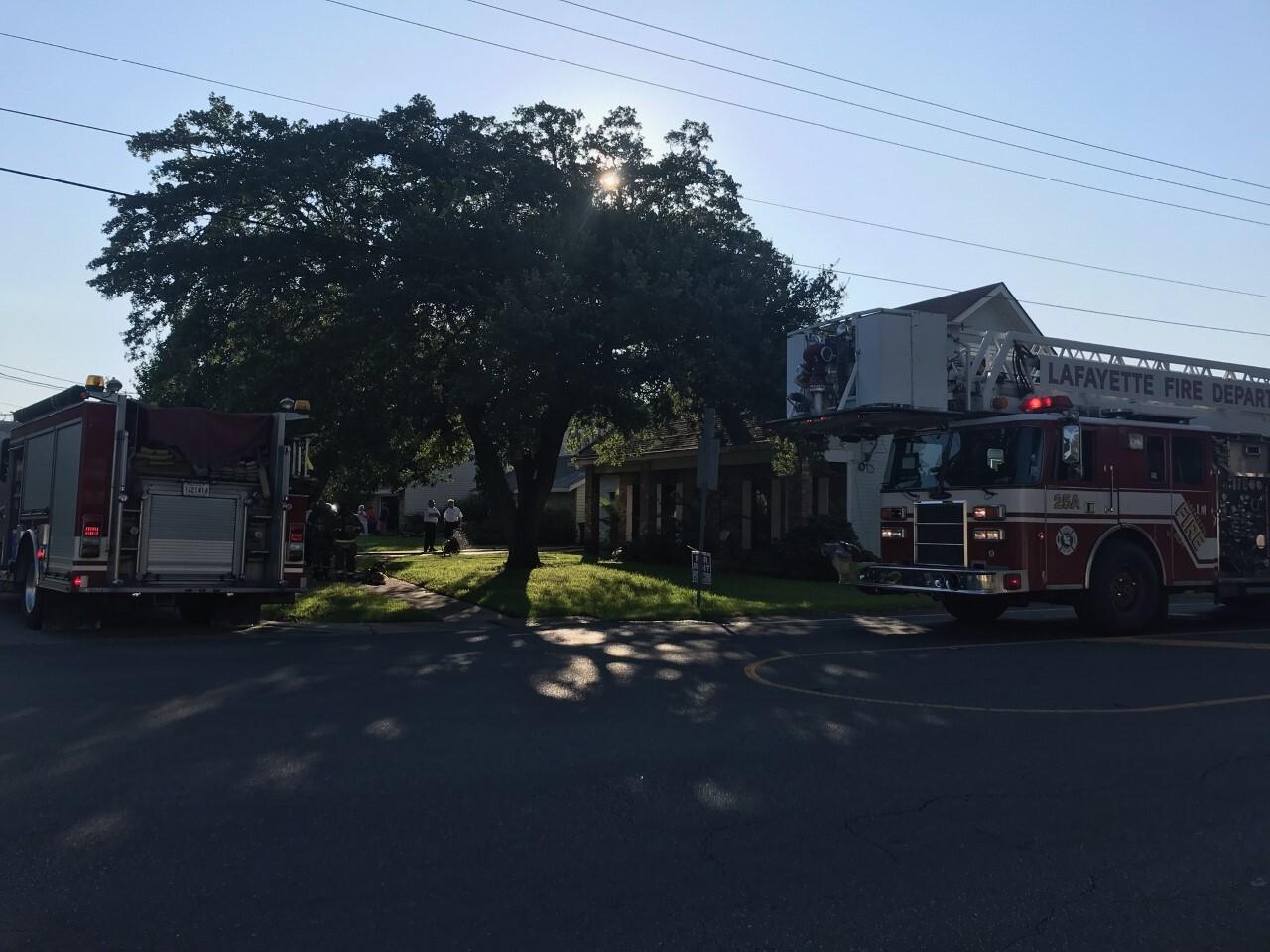 Lafayette firefighters respond to house fire on bridgeway for Lafayette cds 30