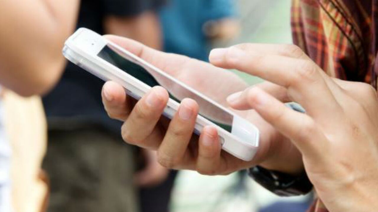 California proposes plan to tax text messages