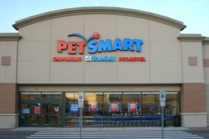 Former PetSmart employee sues Michigan store, says he was fired for enforcing mask mandate