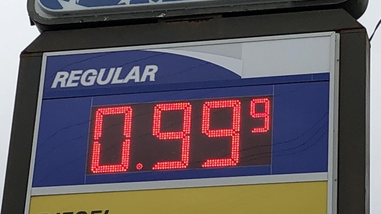 Gas USA on West 117th Street and Bellaire offering gas for .99 cents.