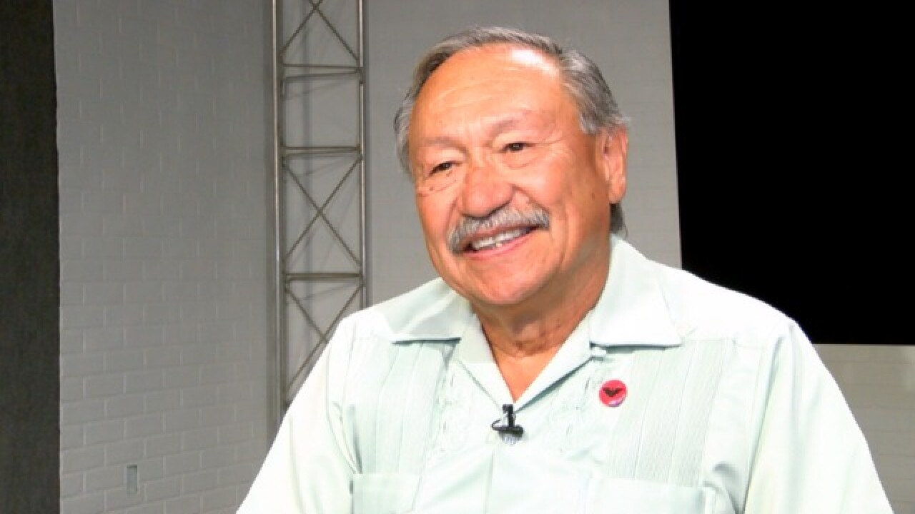 United Farm Workers president stepping down