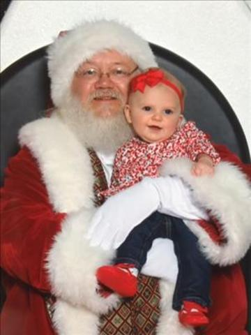 Yes! Pics: Kids with Santa