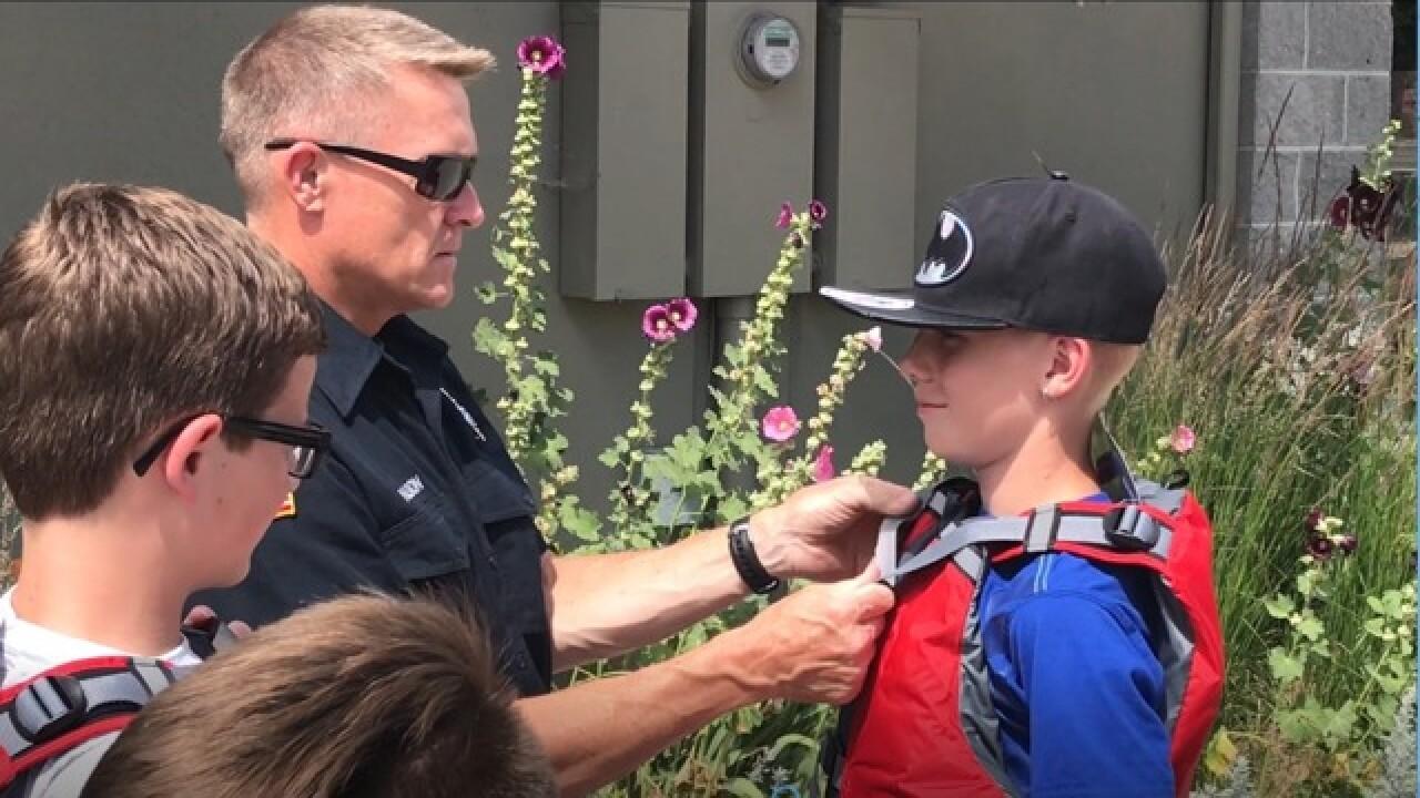Boise kids get life jackets to kick off summer