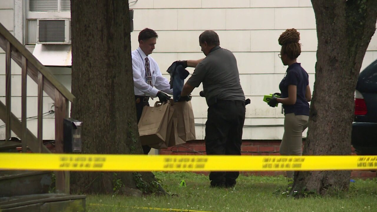 2 teens wounded in Richmond doubleshooting