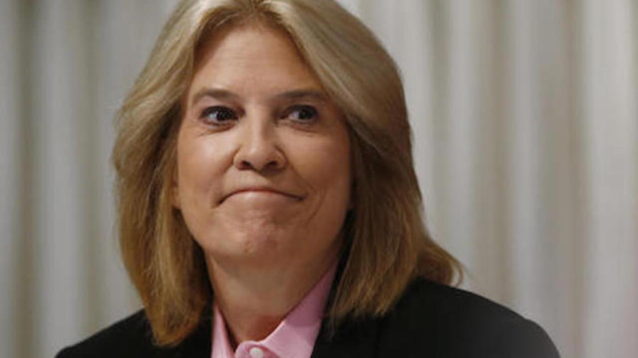 Greta Van Susteren out as Fox News host