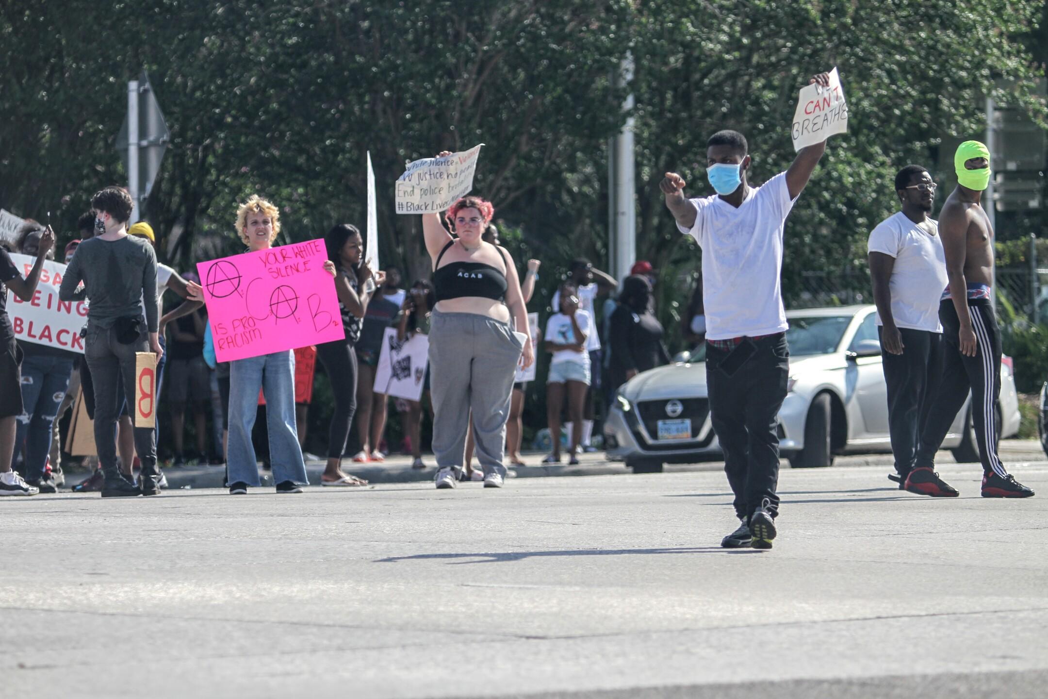lakeland_protest_IMG_9099 (5).jpg