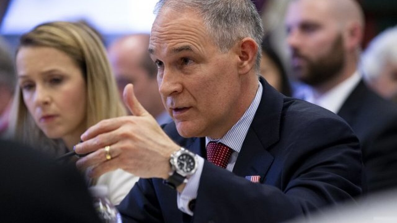 EPA paid $1,560 for 12 fountain pens, emails show