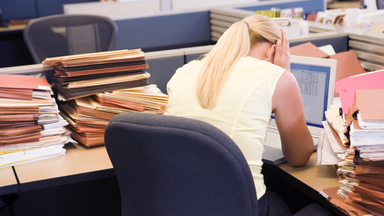 Hard-working women, go home earlier to avoid this disease