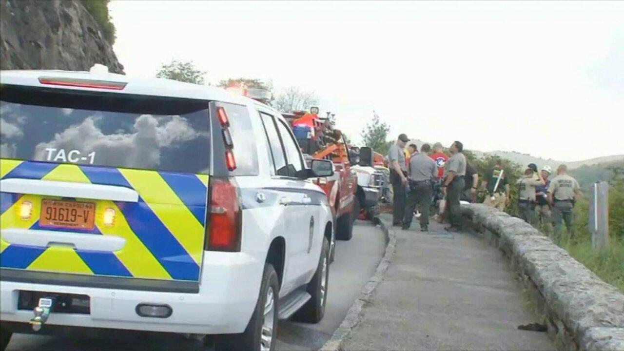 Richmond woman, 83, killed in fall from Blue Ridge Parkwayoverlook