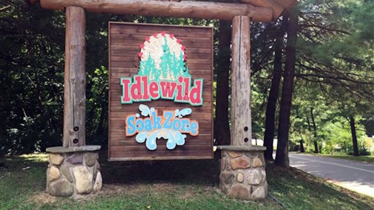Child falls from roller coaster at Pennsylvania water park