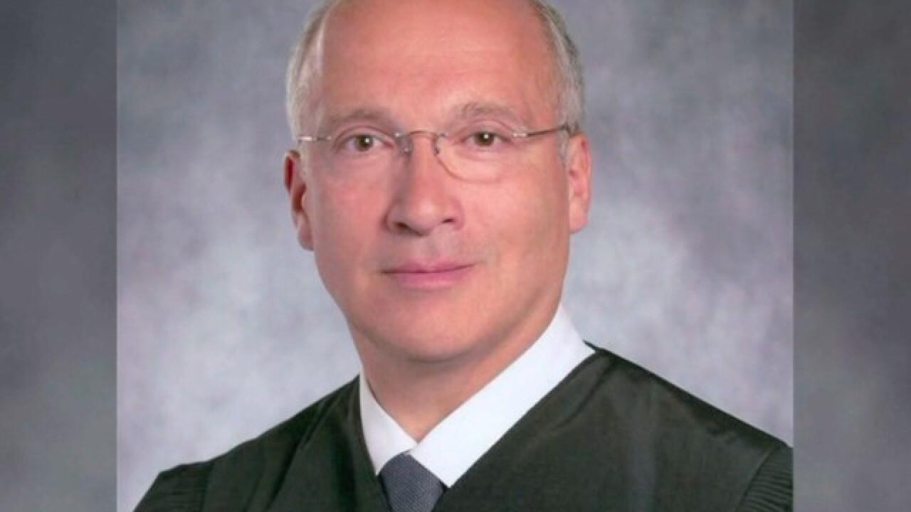 San Diego judge fails to rule on border wall