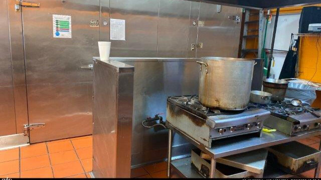 DD_Tacos Los Toritos_4.jpg