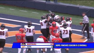 Hope football falls to Wartburg in historic playoff game