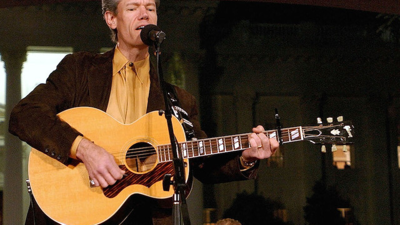 This week in country music: Randy Travis' 'Forever And Ever, Amen' debuts on the charts in 1987