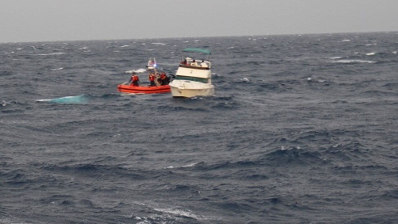 wptv-coast-guard-rescue-off-bimini.jpg