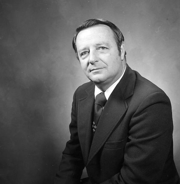 Bobby Bowden black and white photo in suit