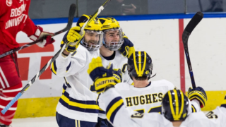Michigan beats Boston University, advances to Frozen Four