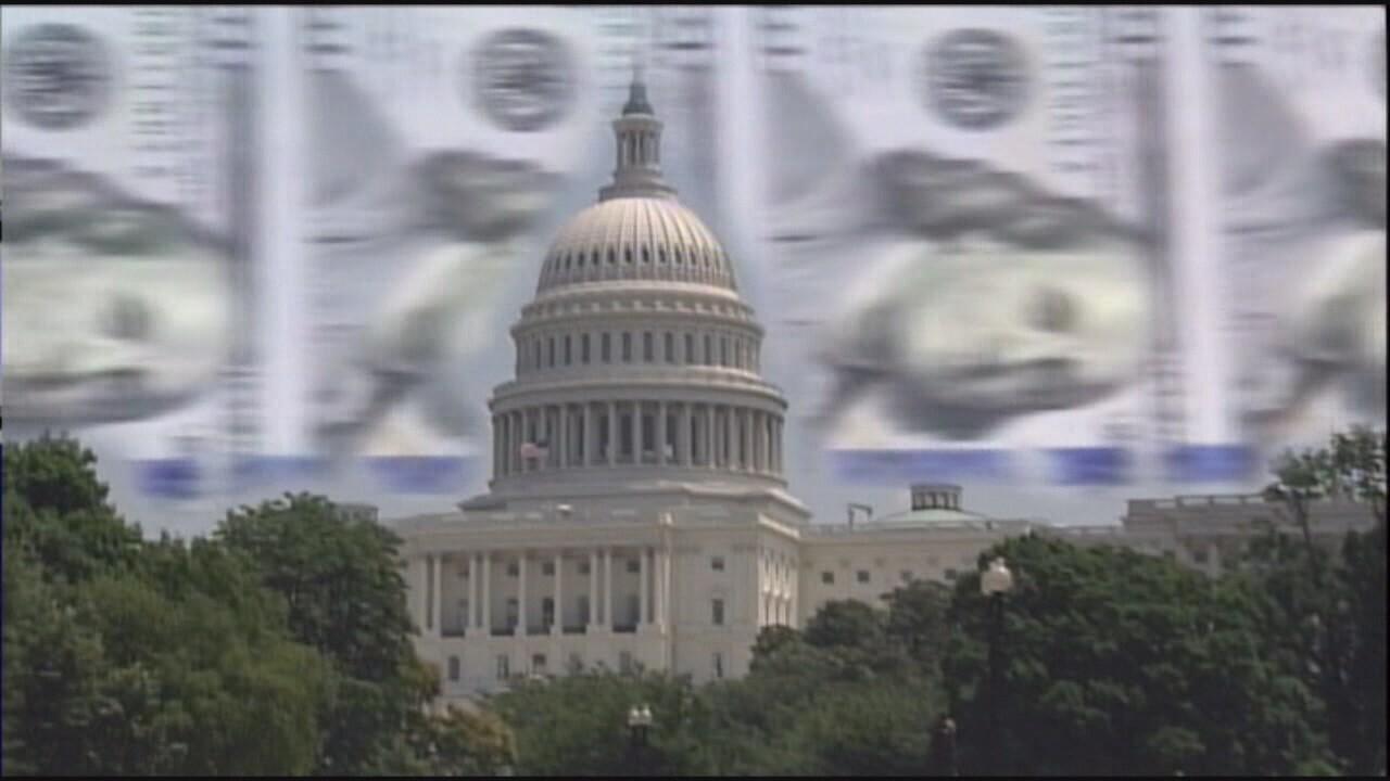 2018-12-21 Fed shutdown-capitol and cash.jpg