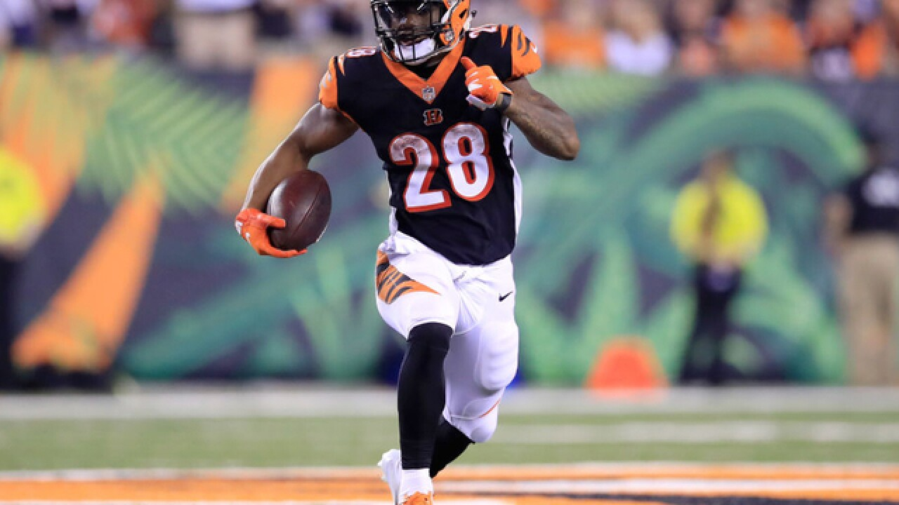 Bengals' inability to run the ball, make first downs has Lewis, Lazor wringing their hands