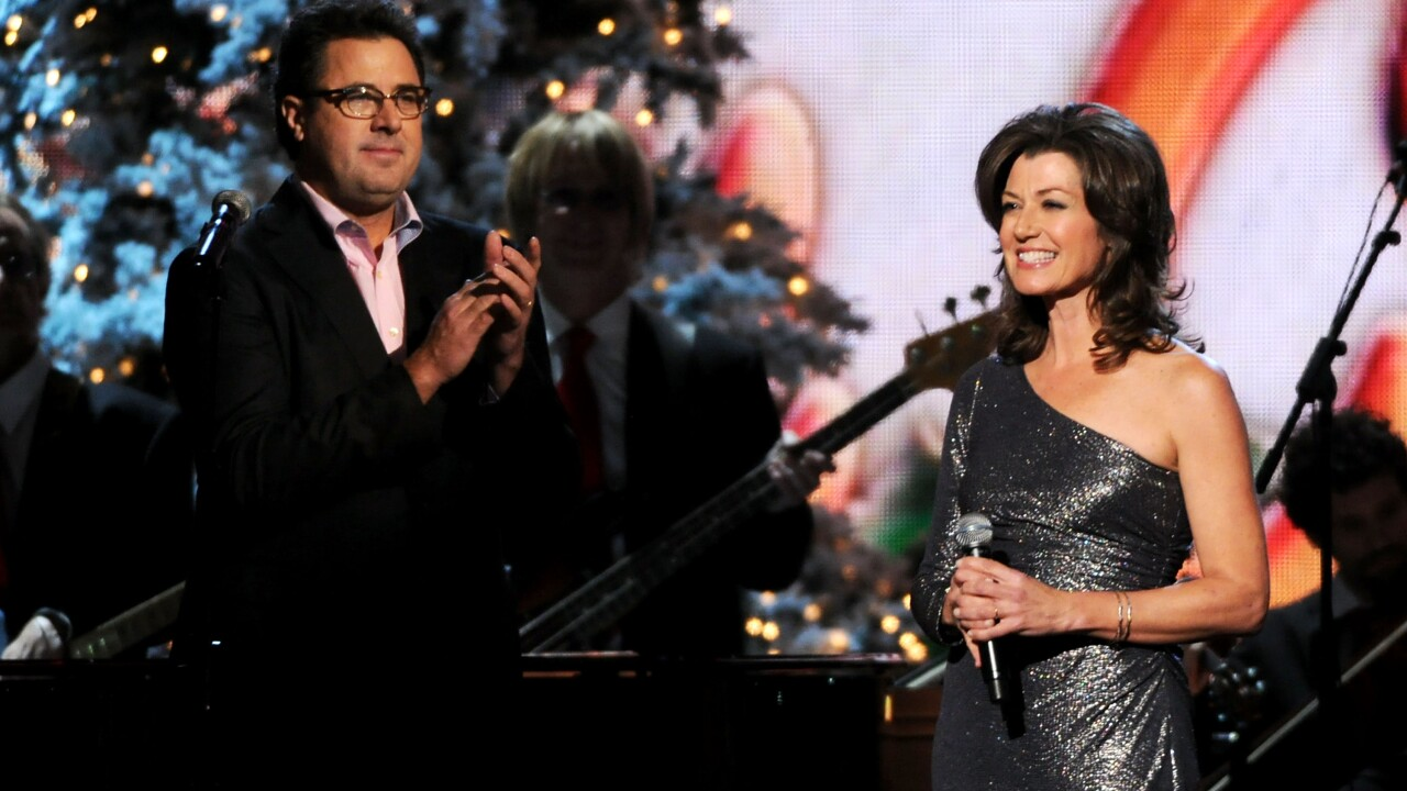 Store deems new Amy Grant Christmas album not Christian enough