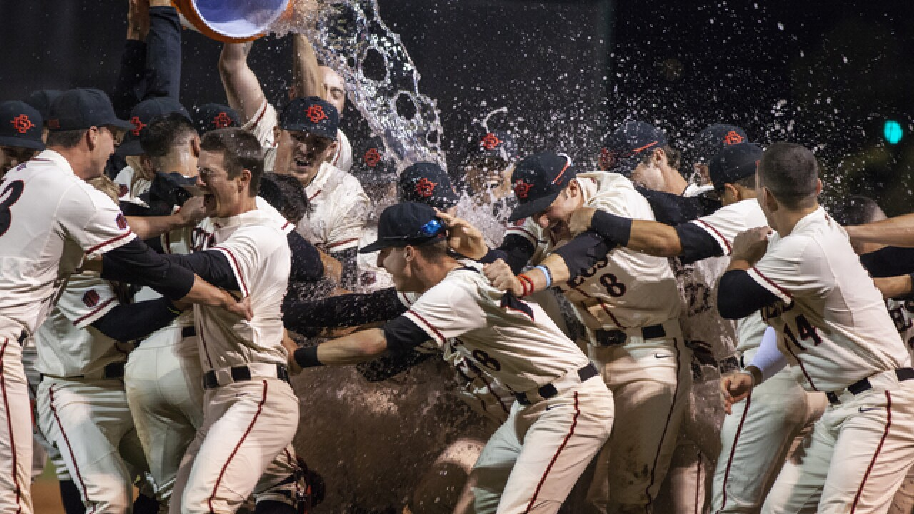 Aztecs thump UNLV, 14-5, to win MW tournament