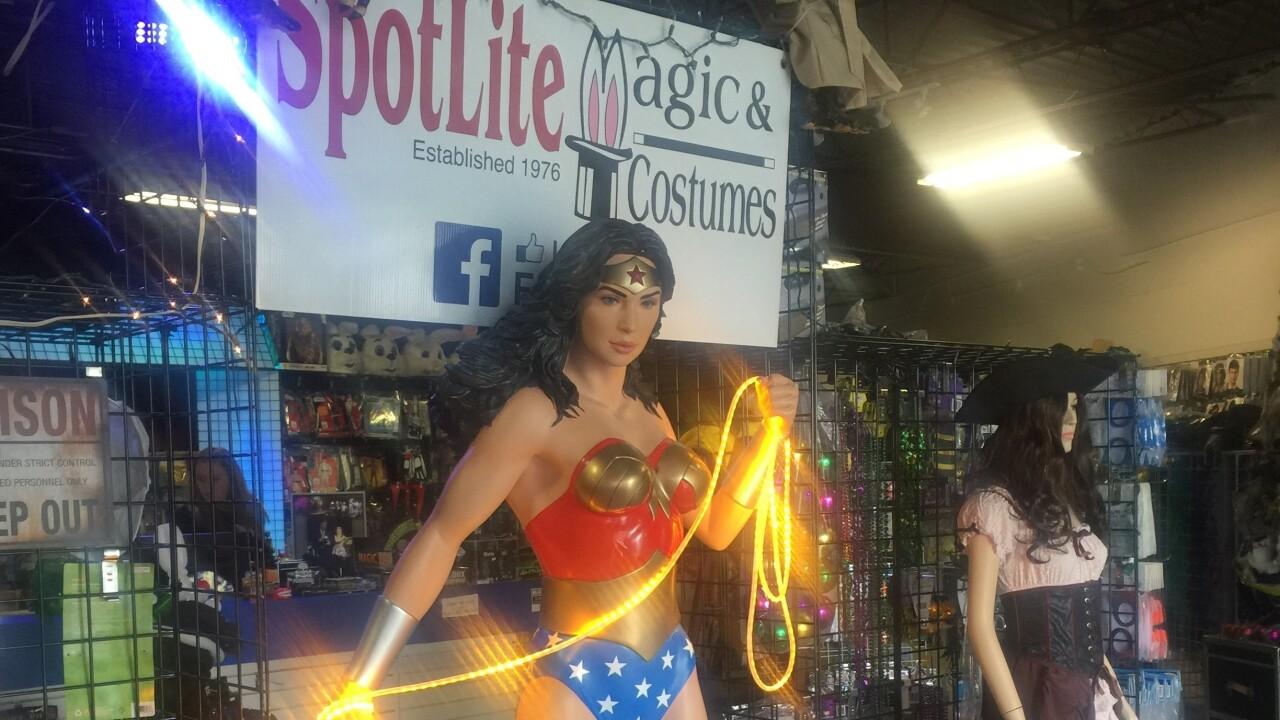 Magic Attic, Spotlite Magic & Costumes