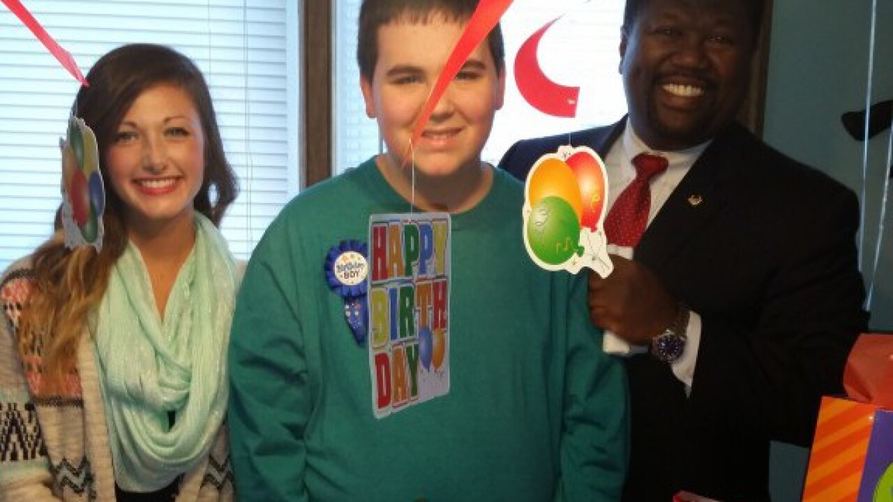 Vacuum salesman invited to birthday for a child with autism, moves room totears