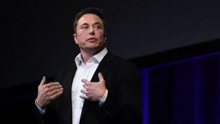 Elon Musk discusses Falcon Heavy