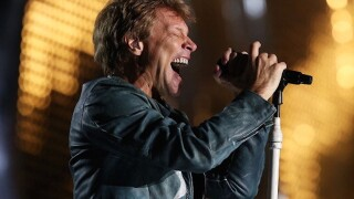 Bon Jovi preforms 'Livin' on a Prayer' at wedding
