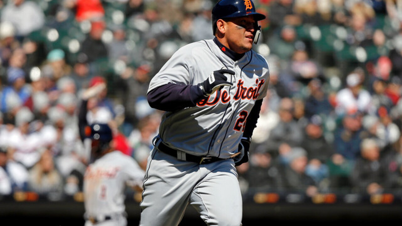 Miguel Cabrera drives in three runs as Tigers beat White Sox
