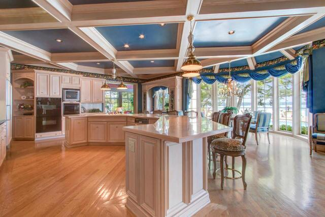 "Inside the ""Most Beautiful Home for Sale in Wisconsin"""