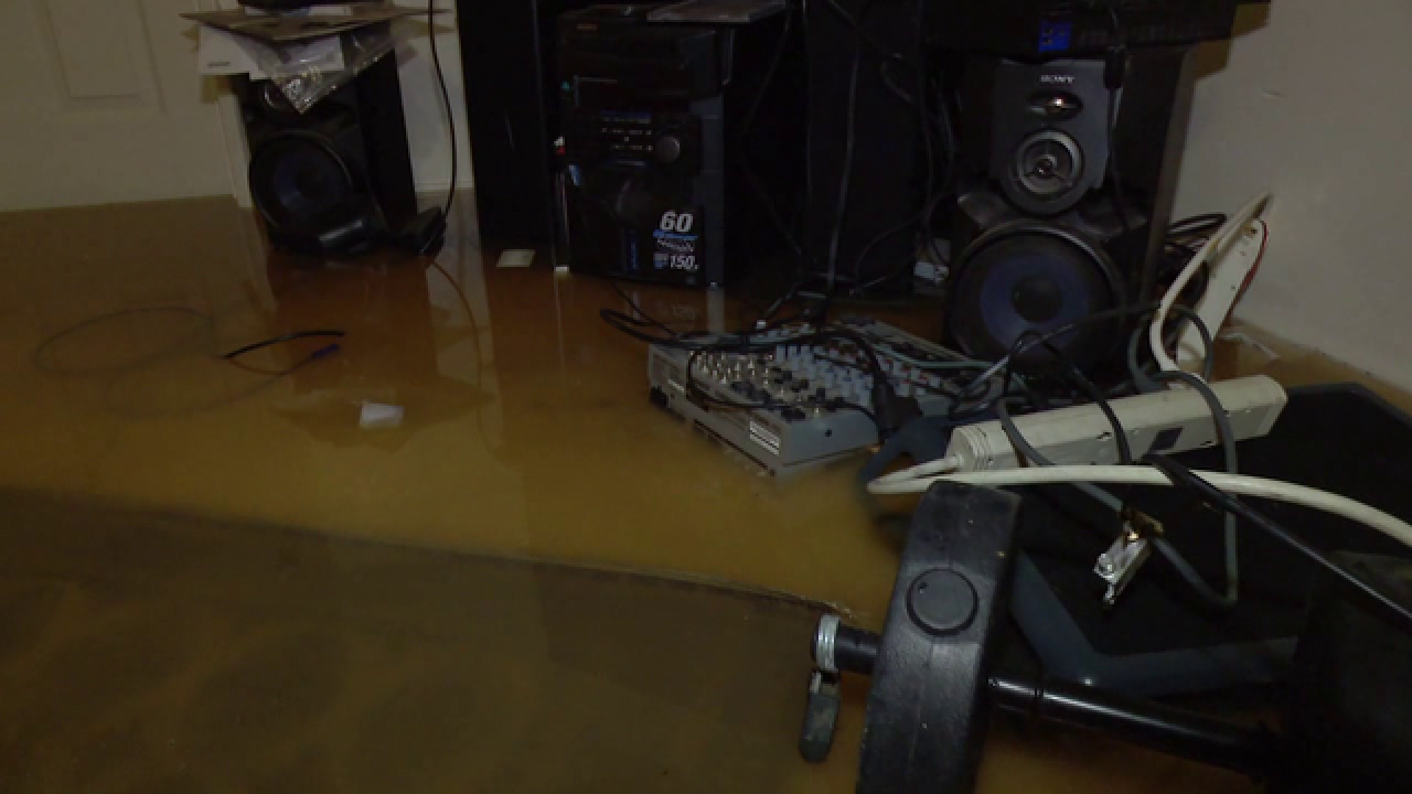 Water main break floods El Cajon home