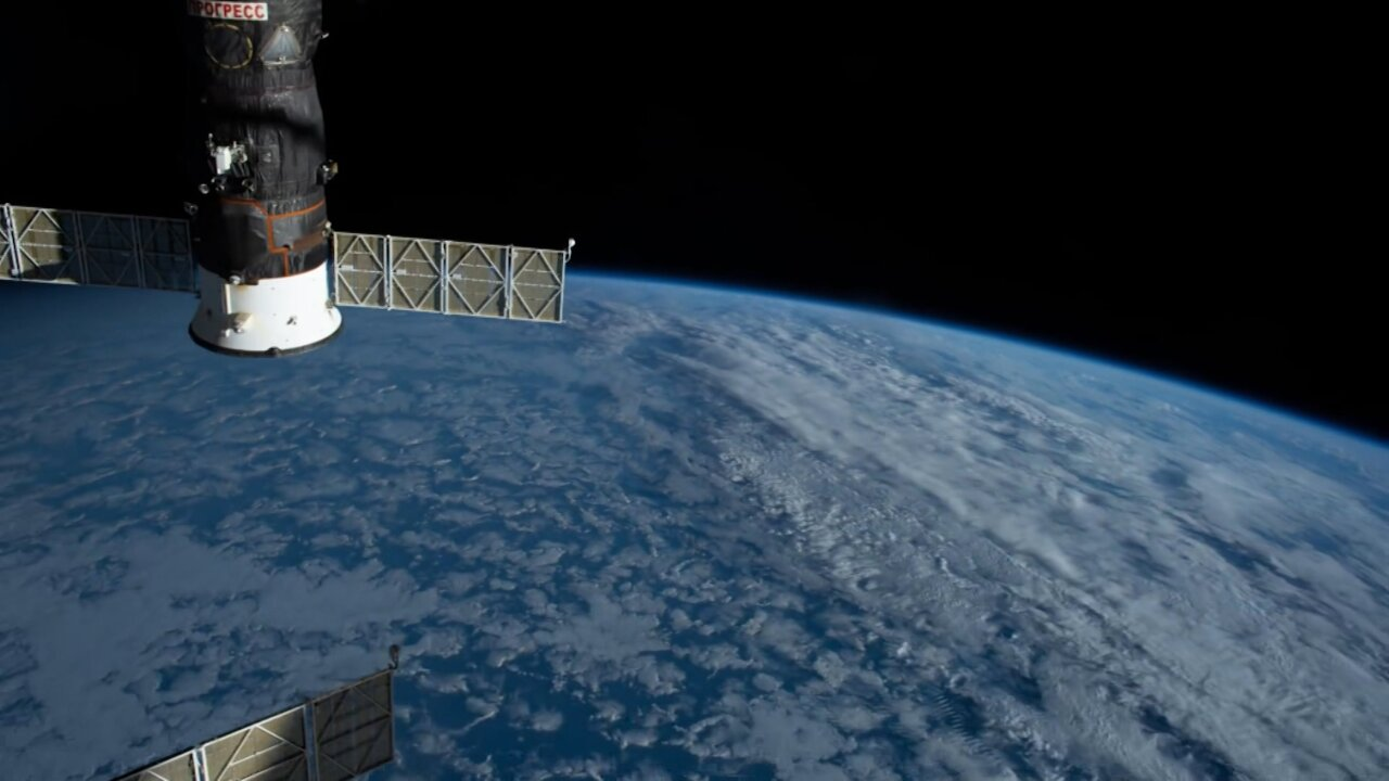 Astronaut captures timelapse video of Earth