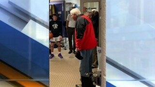 bob knight at bloomington south.jpg
