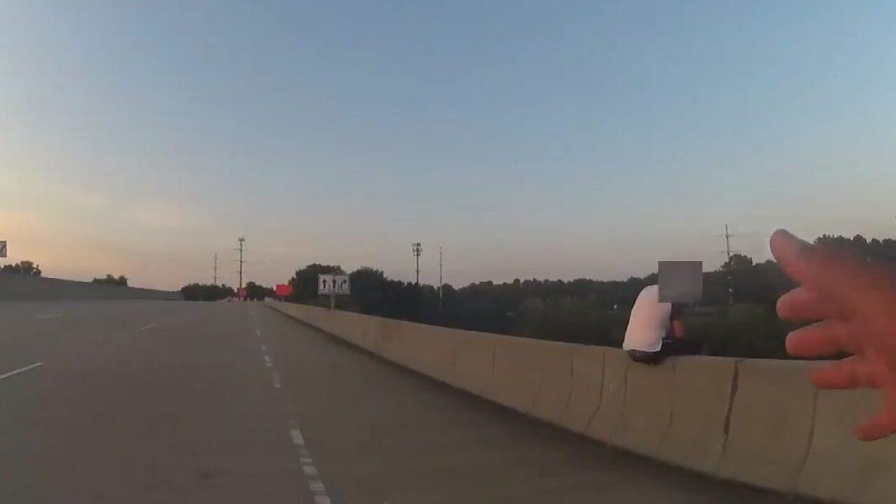 York-Poquoson deputy stops man from jumping off Williamsburgoverpass