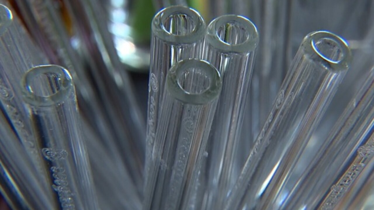 Oregon man's eco-glass straw business sees big boom overnight