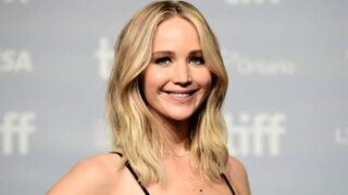 Jennifer Lawrence led an Eagles chant on the plane before the Super Bowl