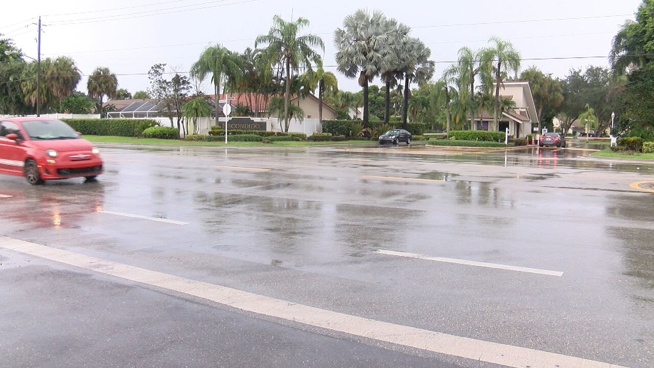 Lyons Road and Escondido Way, red light proposed for intersection by residents