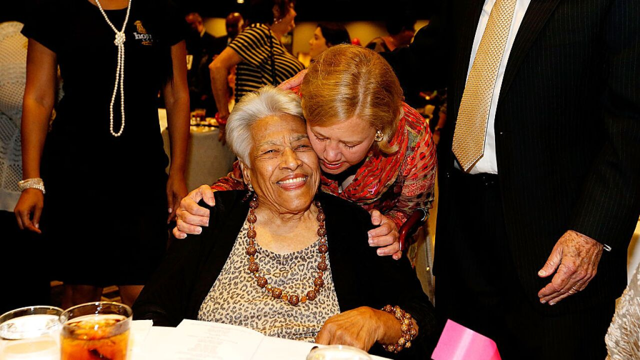Chef Leah Chase, civil rights activist and legendary 'Queen of Creole Cuisine,' dies at age 96