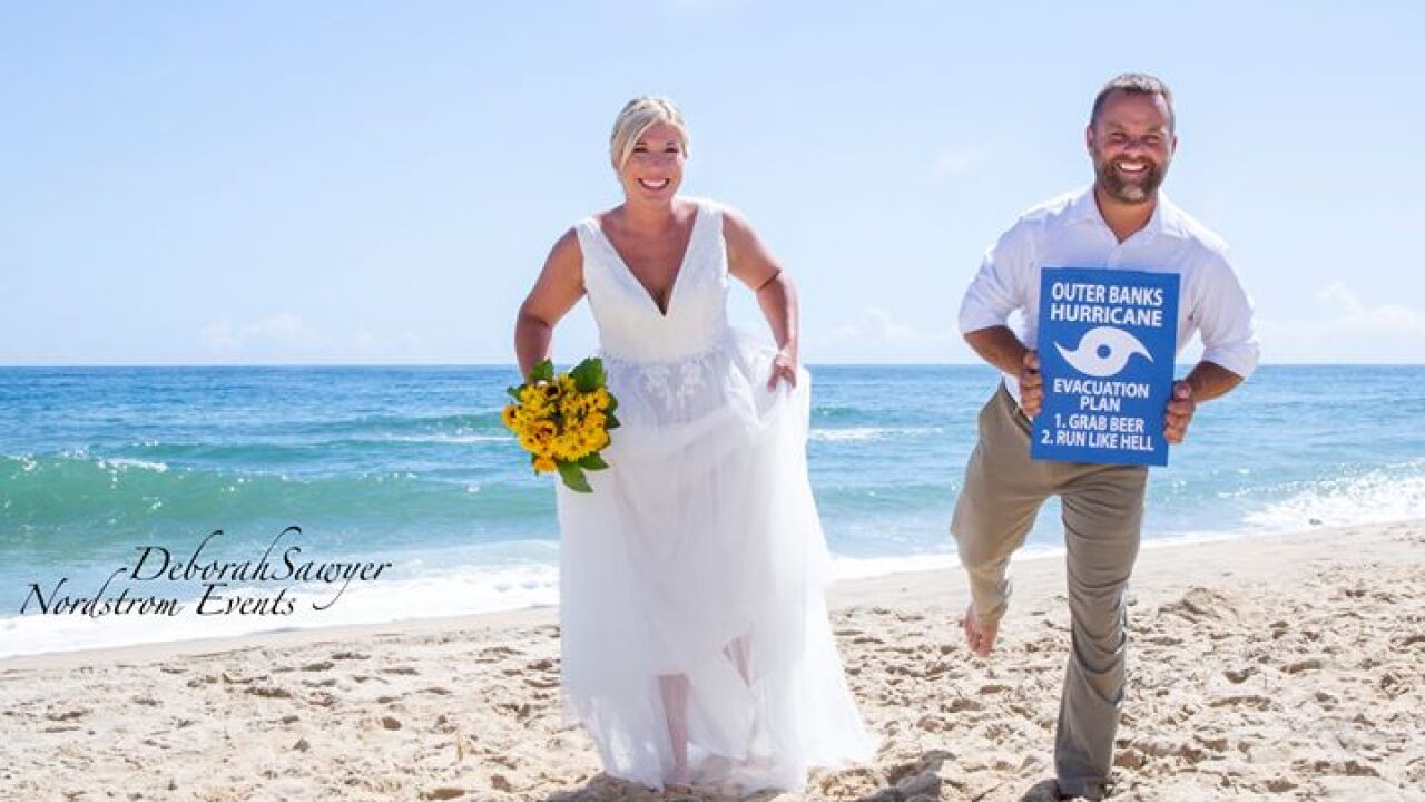 Couple weds in last-minute Outer Banks ceremony before mandatory Hurricane Dorianevacuation