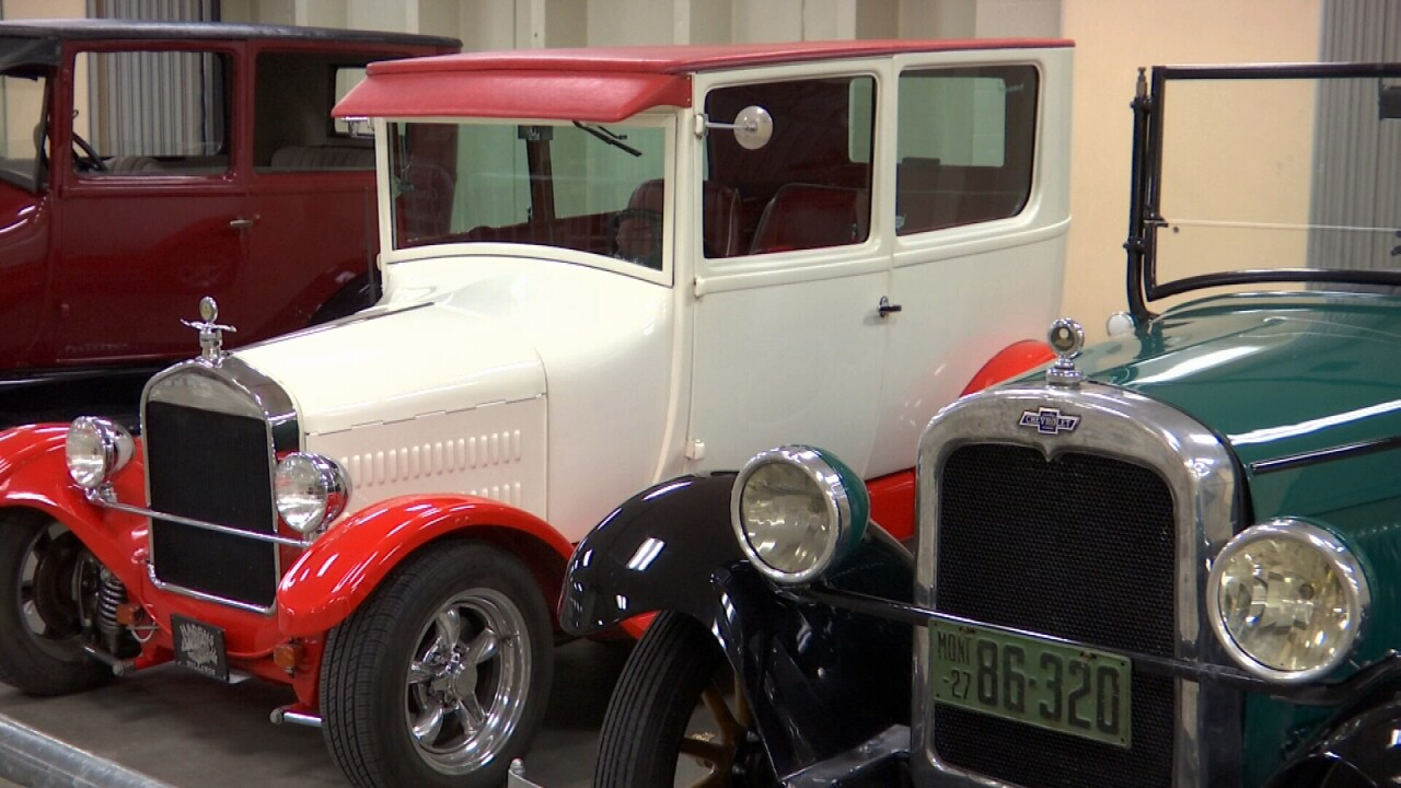 081721 CHEVY AND HOT ROD.jpg