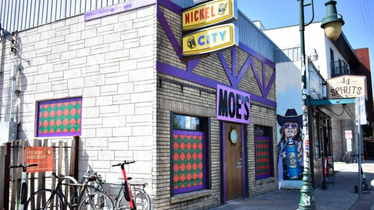 Austin bar transforms into Moe's Tavern from 'The Simpsons'