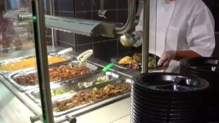 Palm Beach County School District opens sixth food court-style lunchroom