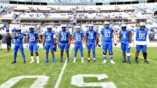 KENTUCKY CAPTAINS GATOR BOWL.jpg