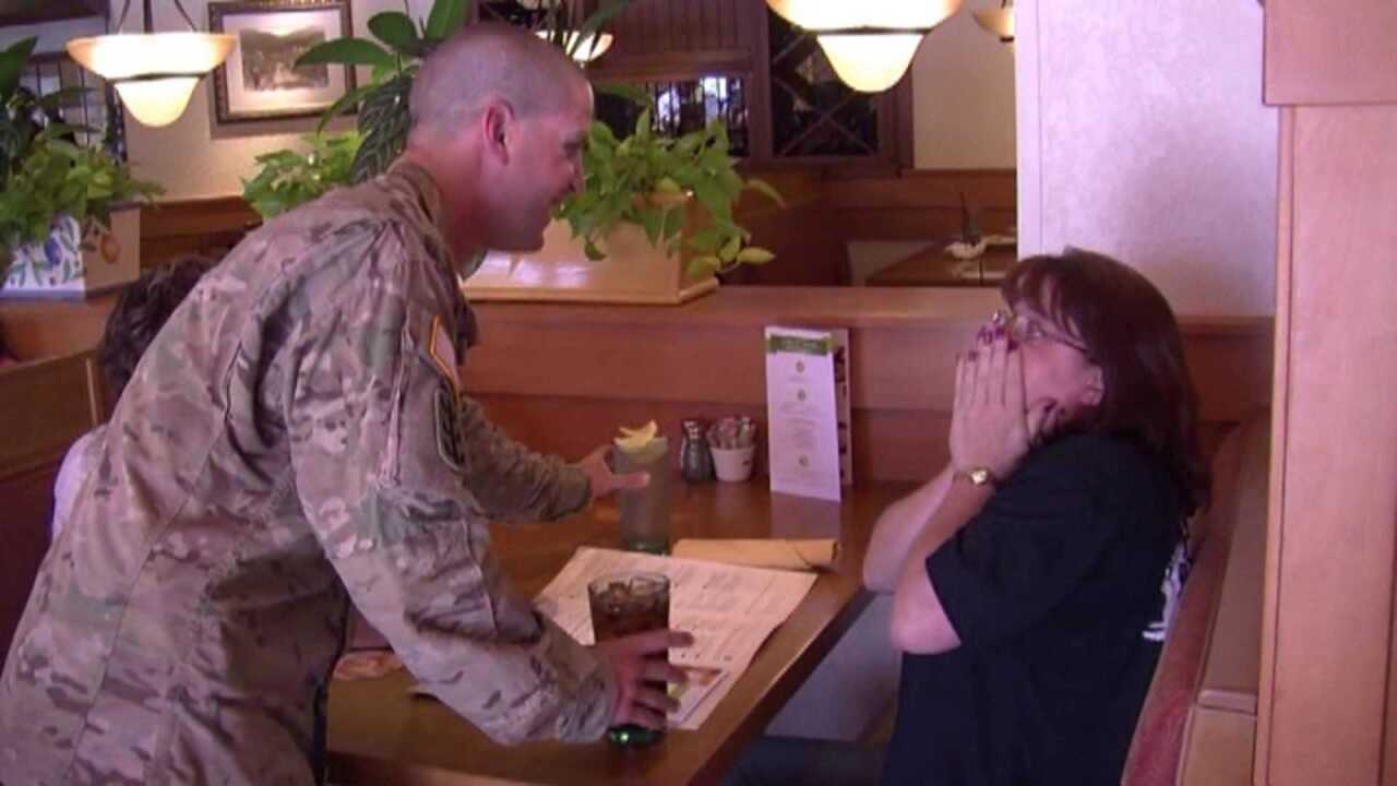 VIDEO: Soldier posing as Olive Garden server surprises mom